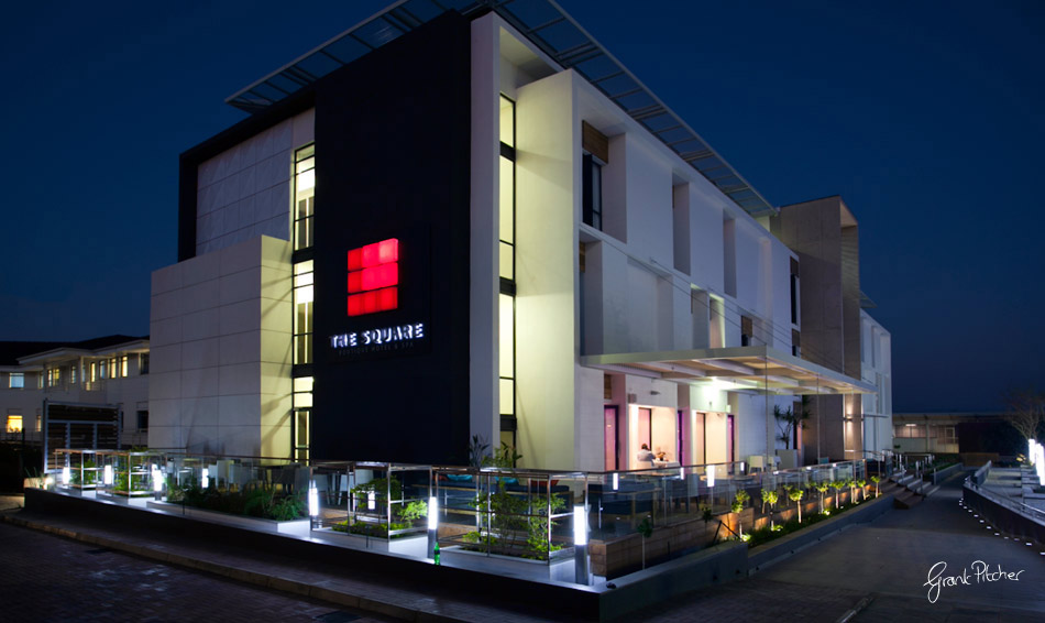 Boutique Hotels Exterior Google Search Capsi Grup Pinterest Hotel Spa And Squares