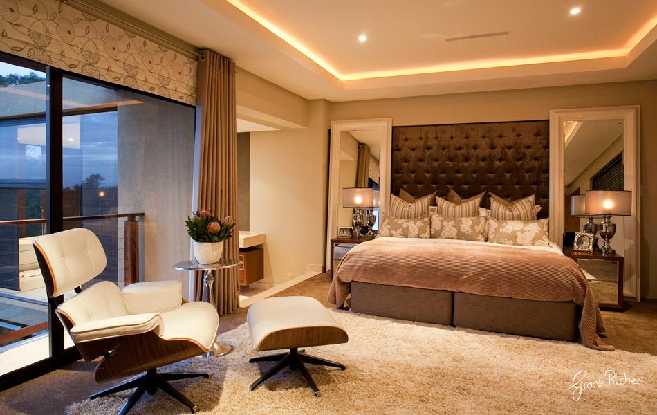 OOOOh La La! on Main Bedroom Decor  id=39909